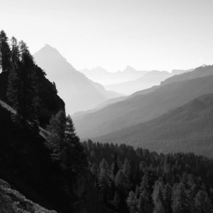 Miro Kováč - Ráno na horách